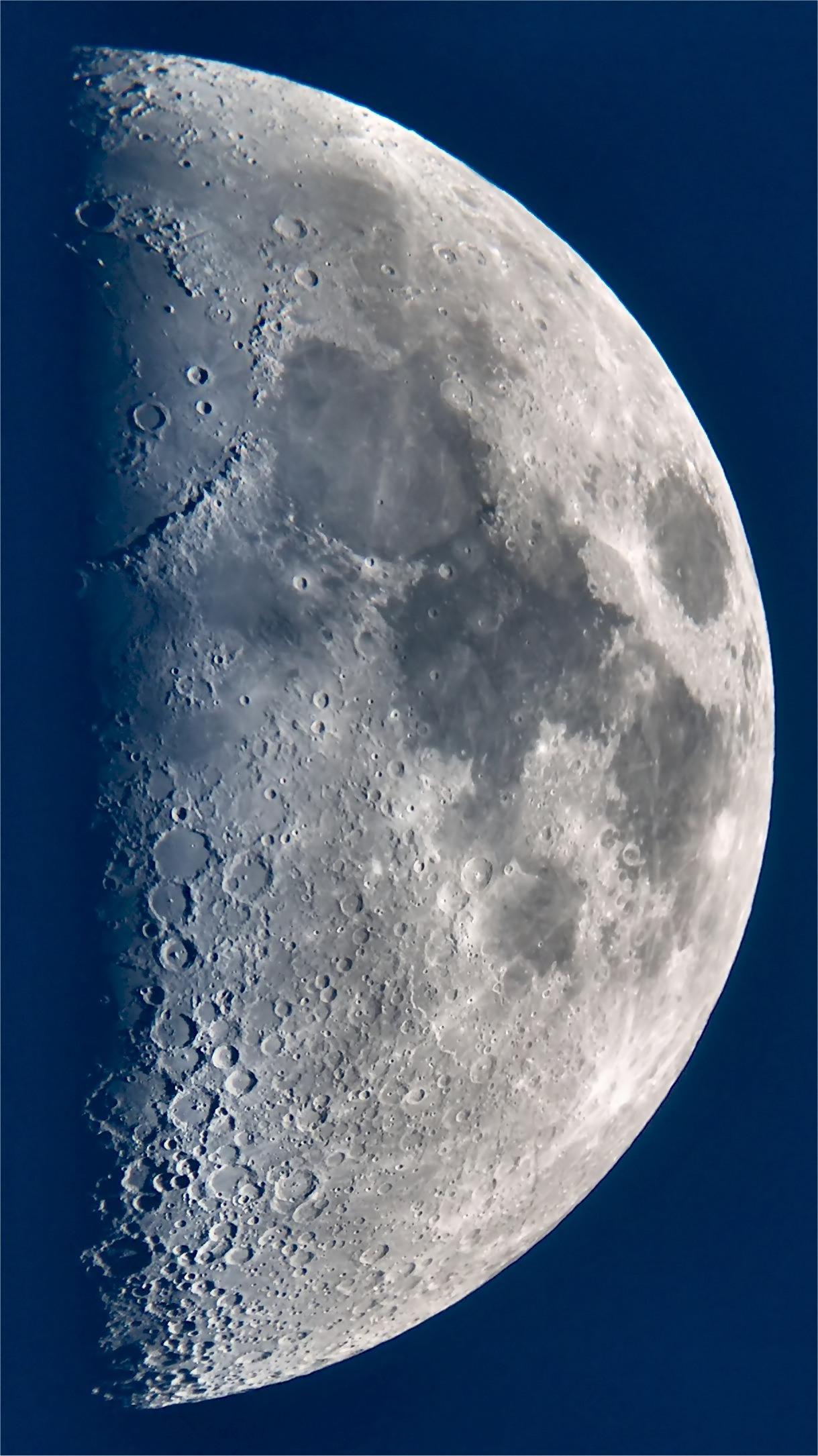 Mond14-7-05.jpg