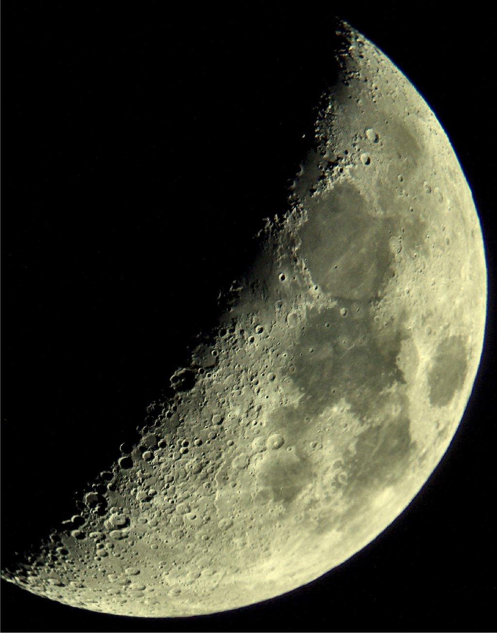Mond13-7-05.jpg