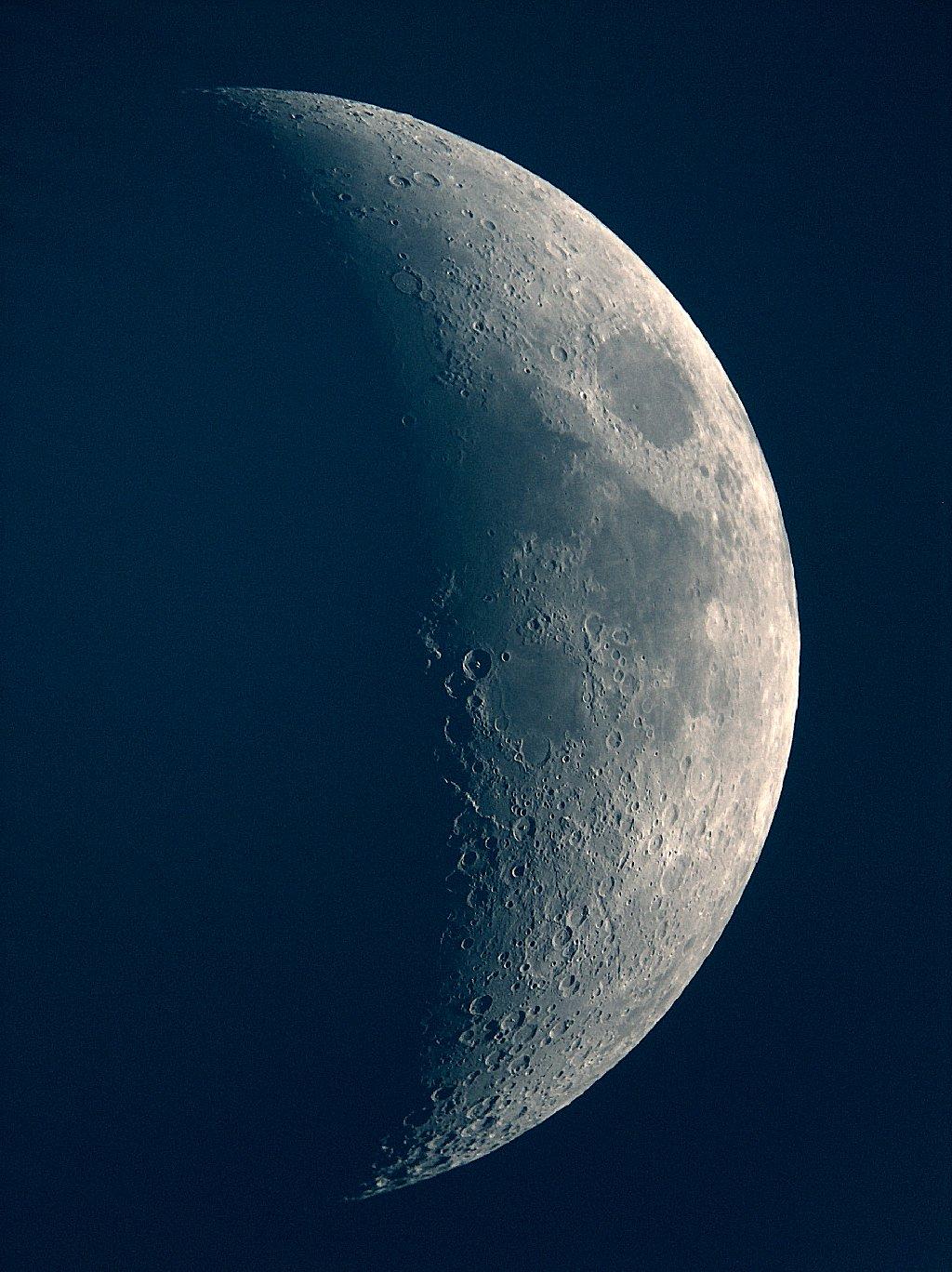 Mond14-4-05.jpg