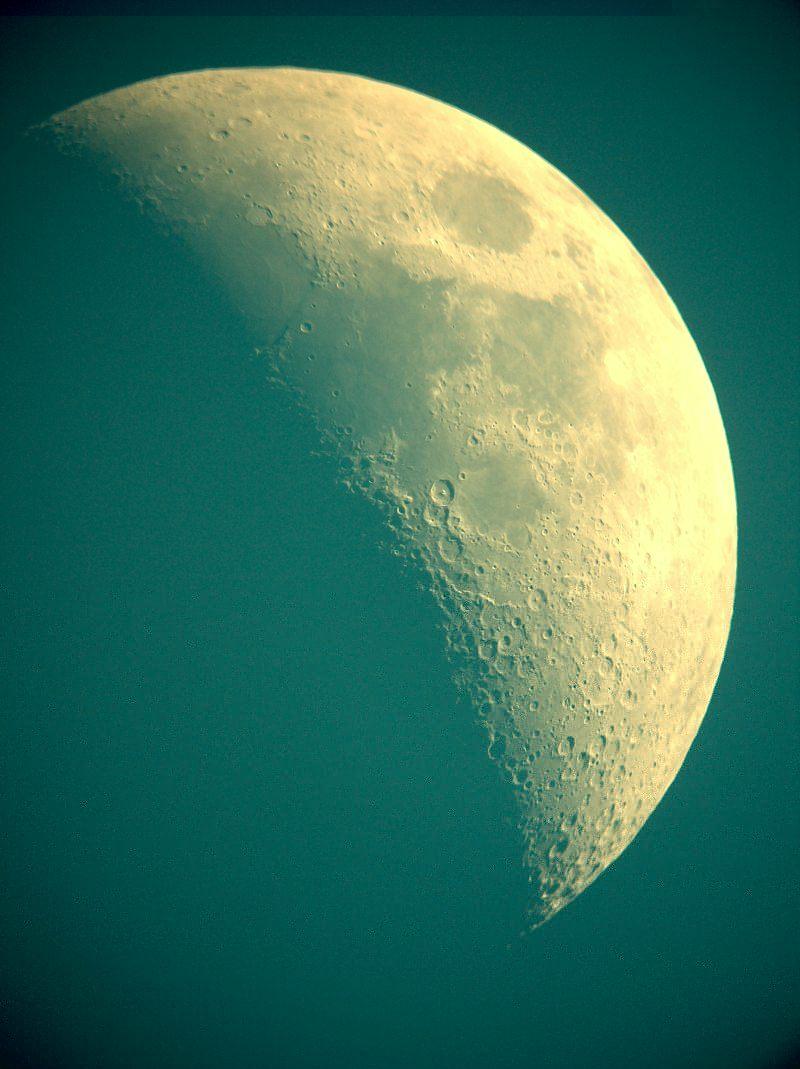 Mond16-3-05.jpg